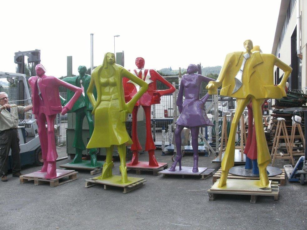 statue colorate