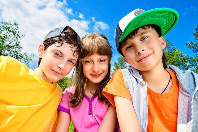 Tre adolescenti sani