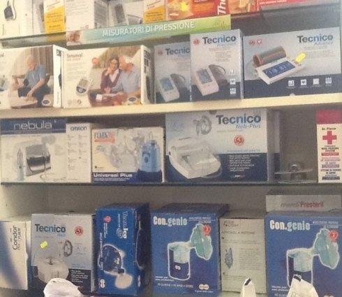 apparecchi misuratori pressione, apparecchi misurazione pressione arteriosa, sanitaria misuratori pressione