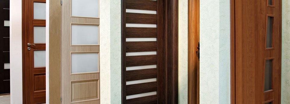 Laminate in vetro o in legno tipologie di porte da - Porte da interno con vetro ...