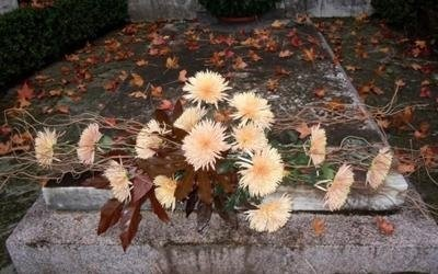tomba floreale