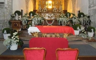 decorazione altare chiesa