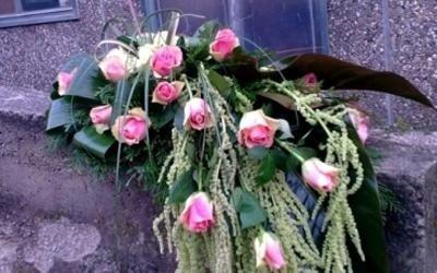 funerale allestimento fiori