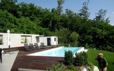 piscina manutenzione giardino
