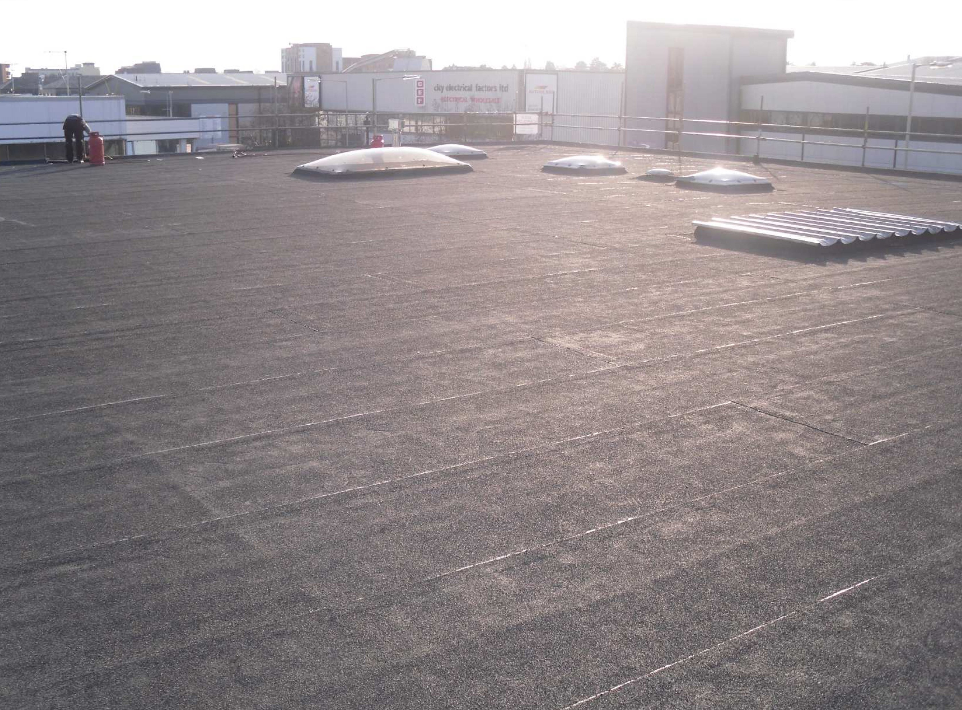Flat roofing styles