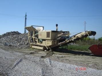 costruzione di una strada
