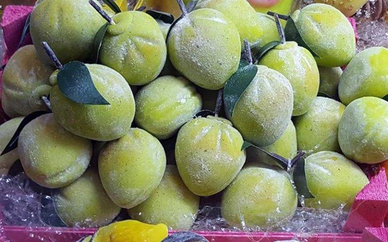 Dolci a forma di limone