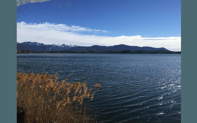 Lido estivo sul lago