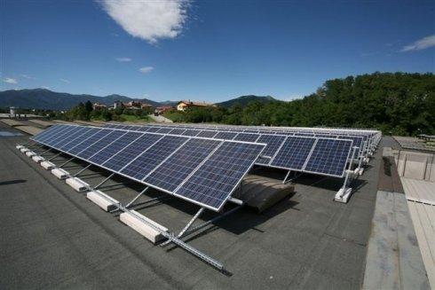 Impianto fotovoltaico di potenza pari a 62,100 KWp realizzato presso capannone industriale sito nel comune di Garbagnate Monastero LC.