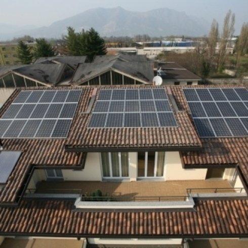 impianti fotovoltaici, pannelli solari, installazione impianti fotovoltaici