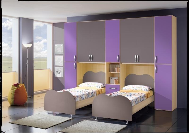 camerette a ponte doppio letto con infissi e decorato armadio