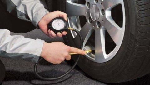 pressione pneumatici