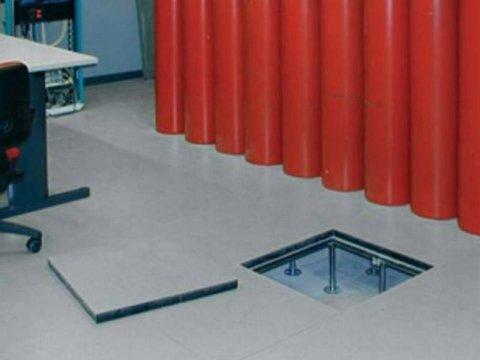 installazione pavimenti industriali sopraelevati