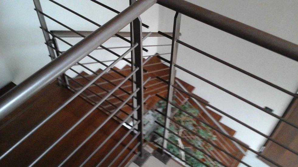 ringhiera in ferro lato scale