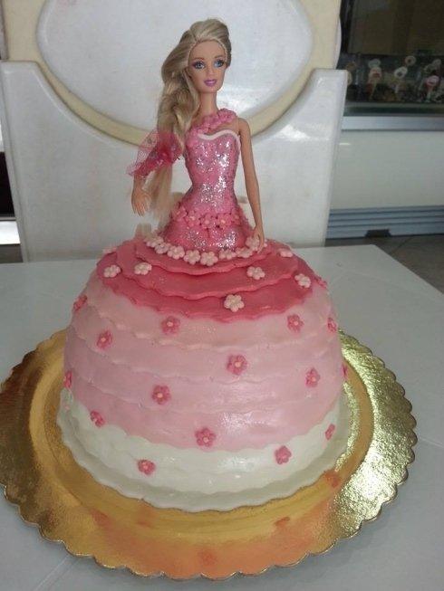 torta con barbie