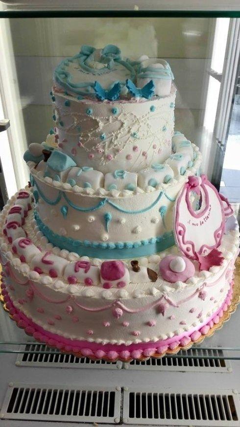 torta con più strati