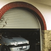 www.croci.com/ita/serrande-porte-garage-tap-garage.asp