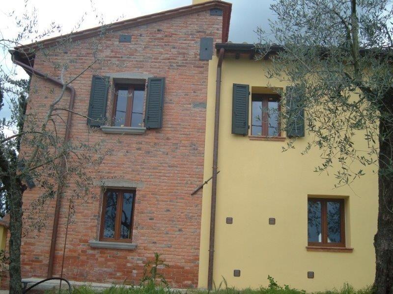 Berneschi Campoluci Arezzo pvc legno alluminio porte finestre infissi serramenti