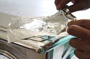 applicazione foglia in metallo