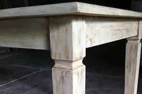 tavolo in legno patinato