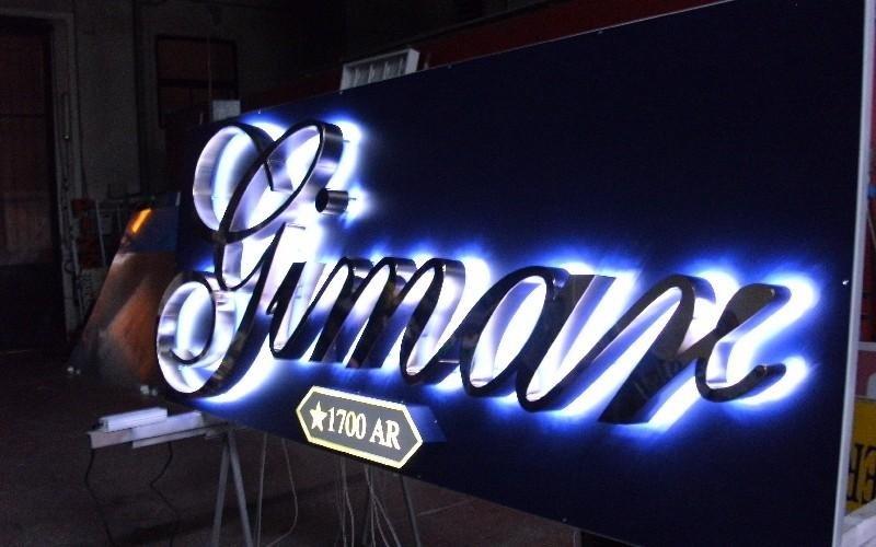 Lettere Cromate in Acciaio Lucido Neon Associate