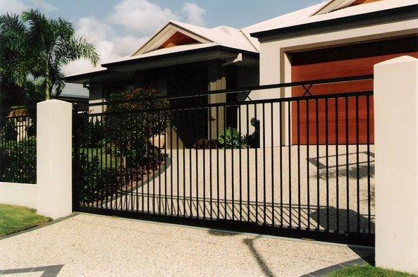 Aluminium Fencing On The Gold Coast Aus Design Fencing