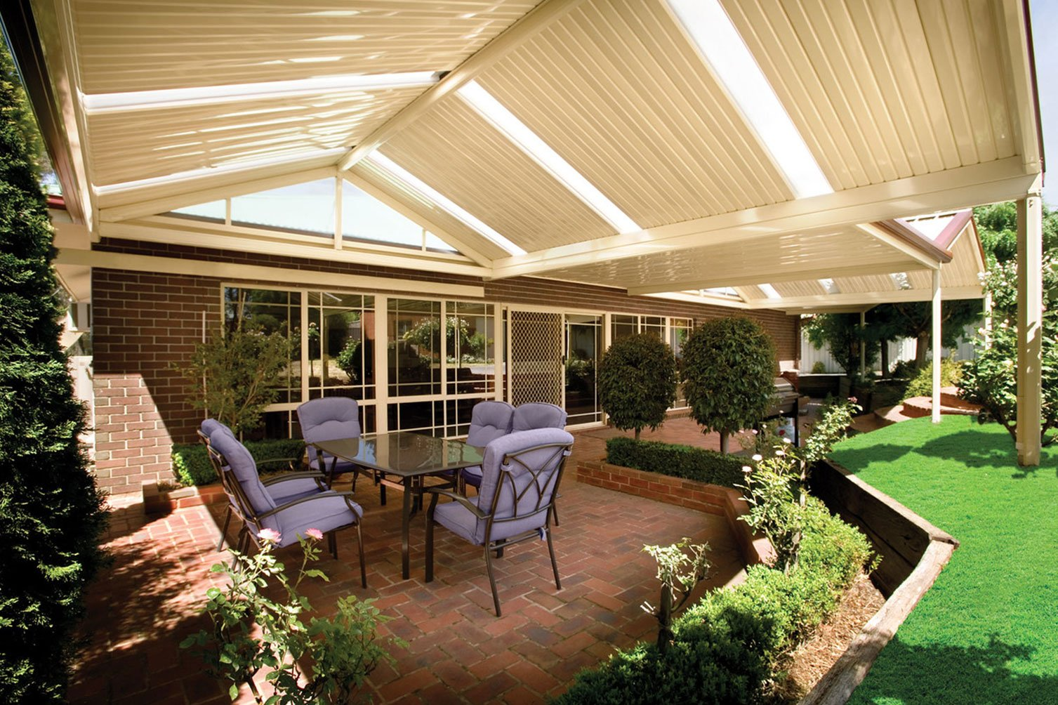Feel the relaxing surrounding as you relax under the gable roof patio in Gold Coast