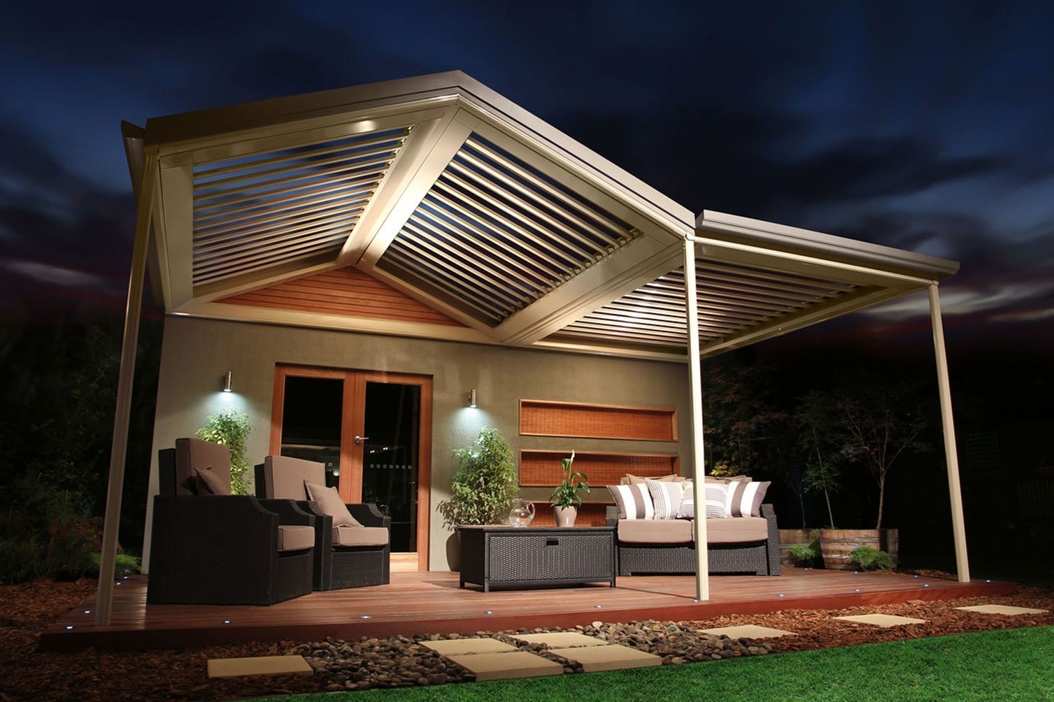 Patio builders made opening sunroofs giving relaxing cool breeze on a nightsky under in Byron Bay