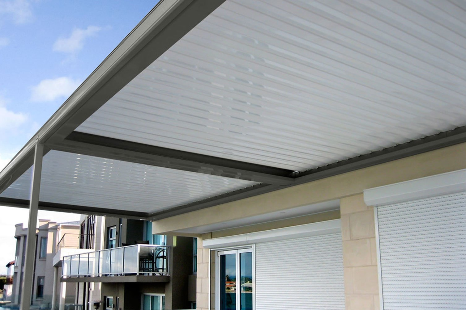 Opening sunroofs by patio builders in Tweed Heads that gives you the satisfaction and peace