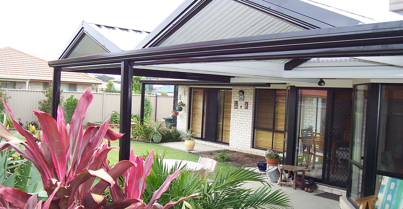 Beautiful Gabled & Flat Roof Patio in Gold Coast made by Patiocraft