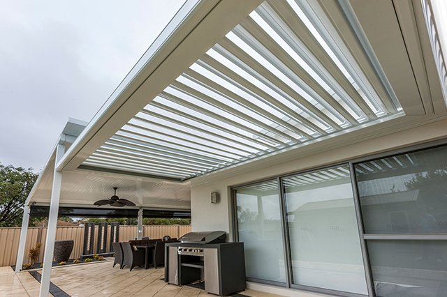 Calm overcast weather under opening sunroofs made by patio builders in Burleigh Heads