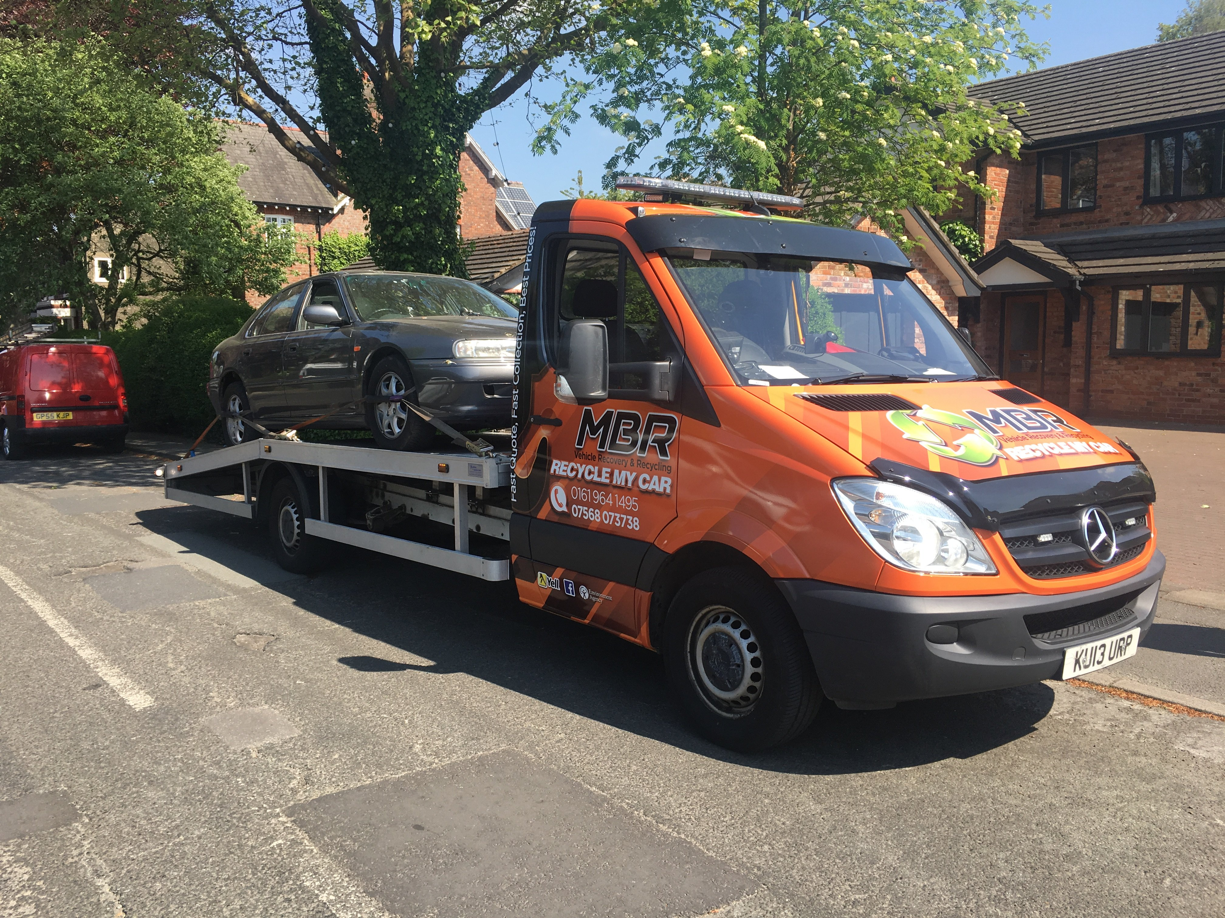 Need a Car Recovery? Call Manchester Breakdown Recovery on 01619641495