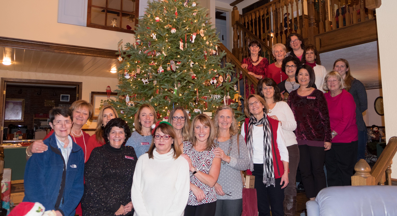 2016 Holiday Meeting & Yankee Swap