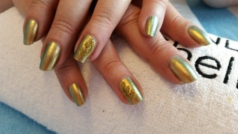 Smalto Vinylux con Microperle