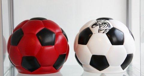 Urne cinerari a forma di pallone