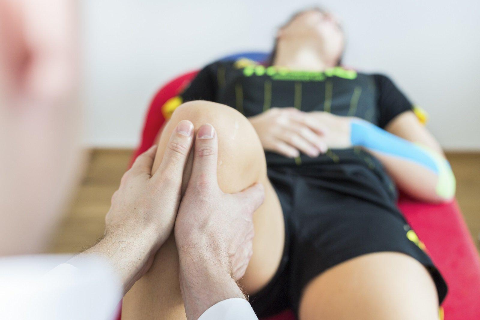 manipolazione di un ginocchio