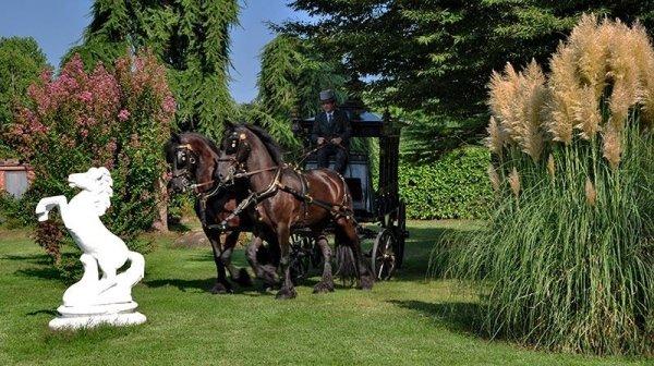 Carrozza per funerale solenne