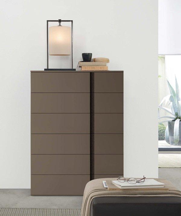 mobile con cassetti per la camera da letto