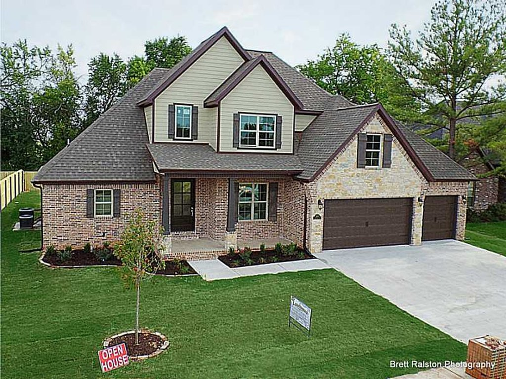 Custom homes in bentonville luxury homes in northwest Custom home builders arkansas
