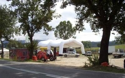 tenda gigante aperta