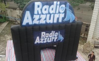 stand radio gonfiabile