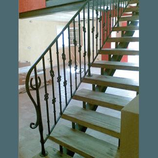 parapetti scale