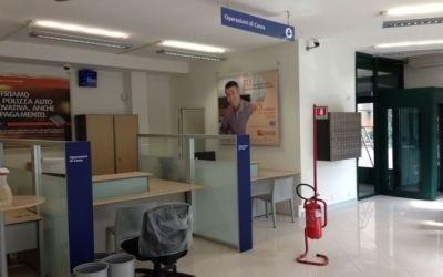 Serramenti interni banca