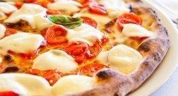 pizzeria con forno a legna buccinasco