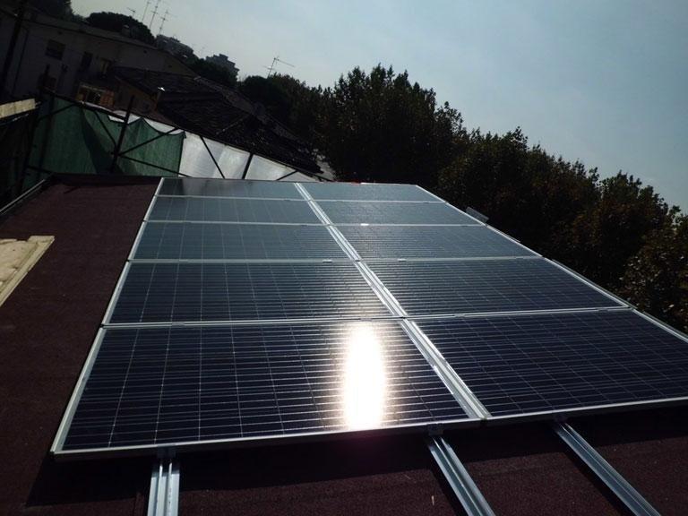 ampi pannelli solari