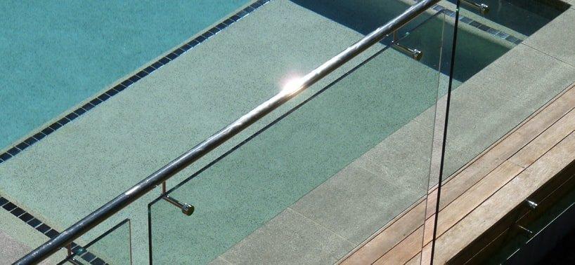 innovative-stainless-steel-frameless-glass-pool-fence1