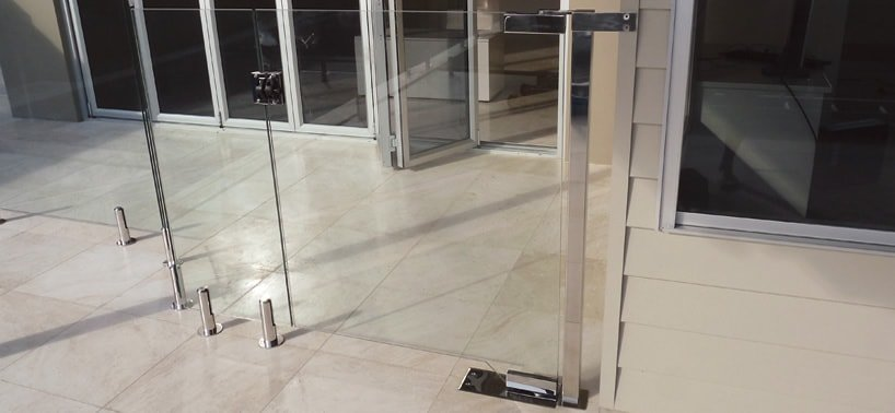 Frameless glass pool fence with gate