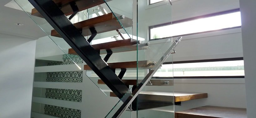 Powder coated steel mono stringer staircase