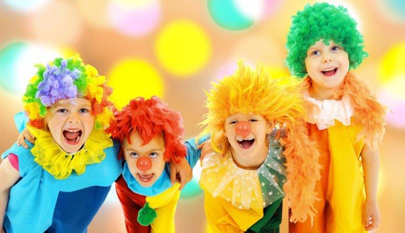 children dressed like clowns