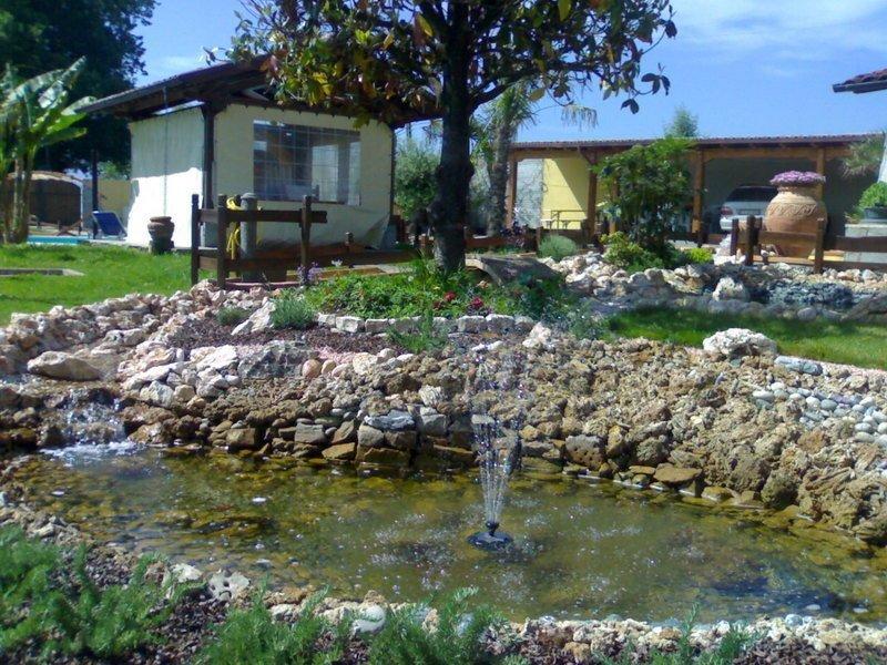 Installazione piscina bracciano rm splash piscine for Fontana artificiale